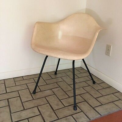 Charles Eames Herman Miller Parchment Shell Chair Armchair H base