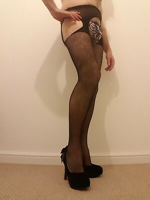 Male/Female/Gay/Fetish/CD fishnet stockings and suspenders