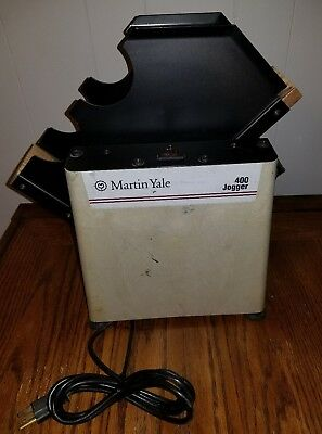 Martin Yale 400 Tabletop Paper Jogger In Good Working Condition