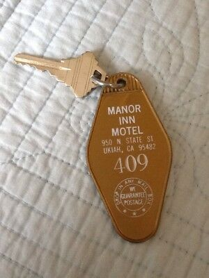 Vintage-Manor Inn Motel Room Key & Fob, Ukiah CA