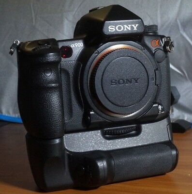 Sony Alpha a900 24.6MP Digital SLR Camera with Battery Grip. Exc.Cond