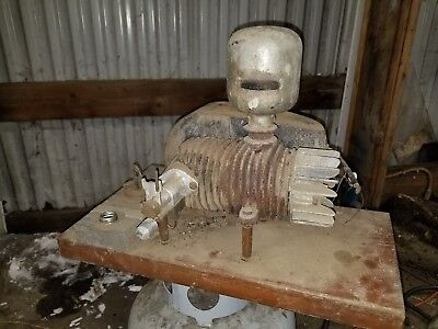 Doyle 2 stroke/ hit and miss engine vintage