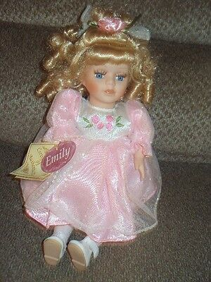 "Collector's Choice ""emily"" Bisque Porcelain Doll-Musical-Upper Body Movement-Ado"
