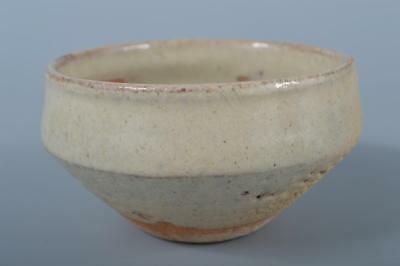 K142: Japanese Karatsu-ware White glaze TEA BOWL Green tea tool Tea Ceremony