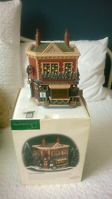 department 56 heritage dickens vilage The Horse and Hounds Pub