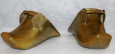 Antique Pair Of Brass Spanish Conquistador Stirrups Shell Decorated Equestrian