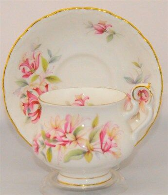 Royal-Albert-Sonnet-Series-Chaucer-Tea Cup and Saucer Set ( Teacup )