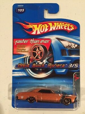 Hot Wheels 2005 Muscle Mania 1964 Buick Riviera Faster Than Ever