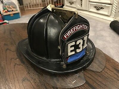 Cairns N6A Sam Houston Fire Helmet Large w/bourkes and adj. ratchet (mfg 1993)