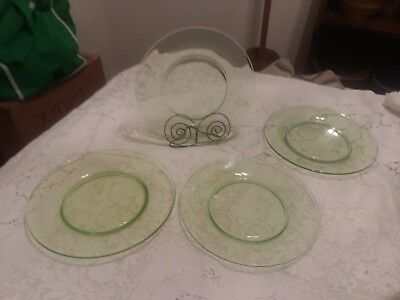 "4 Beautiful Vintage Green Depression Glass 8"" Plates NO PATTERN"