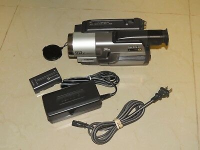 Sony Handycam CCD-TRV98 Hi8 Analog Camcorder - Record Transfer Play Video8 Tapes