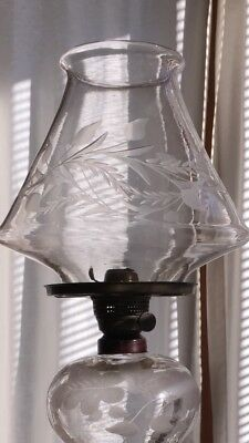 Blown etched turban style oil lamp shade 19th C,