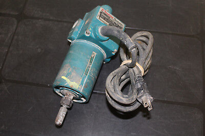 Used Makita Trimmer Router 3700B 3.3A 28000RPM (nl)