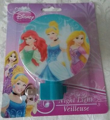 DISNEY PRINCESSES children's NIGHT LIGHT / NIGHTLIGHT bedroom decor lamp plug in