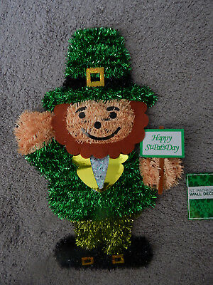 St Patricks Day Decoration GREEN TINSEL LEPRECHAUN Door/Wall/Window & ST Patricks Day Decoration GREEN TINSEL LEPRECHAUN Door/Wall/Window ...