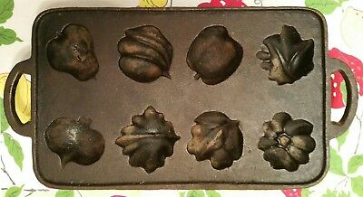 Antique Large Cast Iron Mold Deep Unmarked Unusual GREAT
