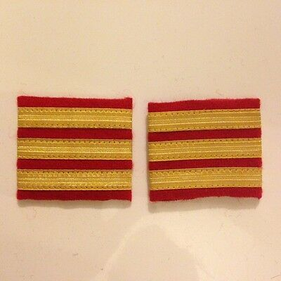 paires galons epaulettes 3 bandes or rouge stripes