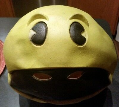 Vintage 1980 PAC-MAN Halloween Costume Mask - Latex- RARE ORIGINAL BALLY/MIDWAY