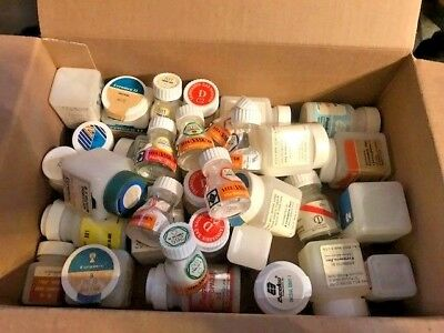 One Lot of Dental Porcelain