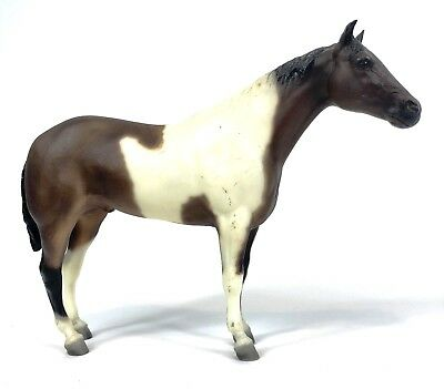 Breyer Traditional Horse Model 12x9 PAINT STALLION AND FOAL Mold #760798 Vintage