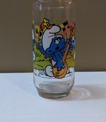 Vintage 1983 Smurf Collectable Drinking Glass ~ HARMONY SMURF~