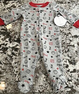 NWT BABY BOY FOOTED  1pc. PAJAMAS SIZE 0-3 MONTHS