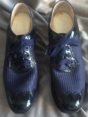 VINTAGE 1940's Barefoot Freedom NAVY Mesh and Patent Leather Oxford Size 6A