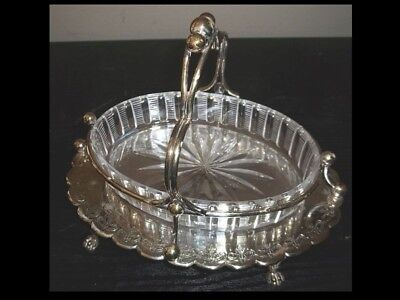 Walker Hall England Silver Plate Sweet Meat Dish on Tray with Handle