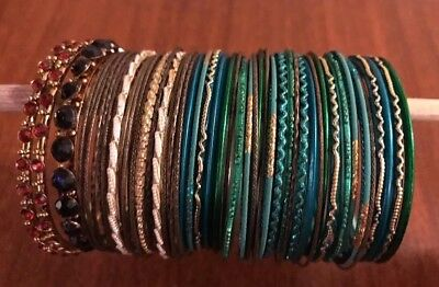 Mixed Bangles Bracelet Lot Of 52 Thin Pieces Costume Jewelry Fun Metal Plastic