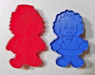 Vintage Bobbs Merrill Raggedy Ann & Andy Cookie Cutters Blue Red EUC