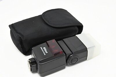 NIKON SPEEDLIGHT SB-600 COMPACT FLASH With diffuser and Pouch
