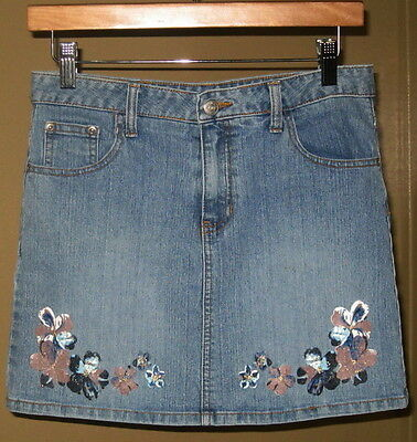 Canyon River Blues, Gals Blue Jeans Mini Skirt + Embroiderd Floral Trim-SZ.16-JR