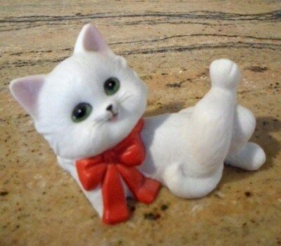 Vintage LEFTON Porcelain Kitten with Red Bow Valentine Christmas #04944