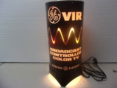 VINTAGE COUNTER TOP General Electric  Color TV Advertising Motion Lamp 1950's