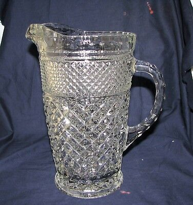 """Vintage Anchor Hocking Wexford Clear Glass 64 Oz. Beverage Pitcher 9 1/2"""" Tall"""
