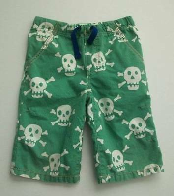 jl Mini Boden Boys Green Skull Crossbones Pirate Long Board Shorts 7 LN!