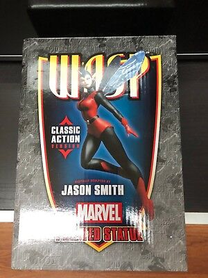 Bowen Designs Wasp Classic Action Statue Marvel