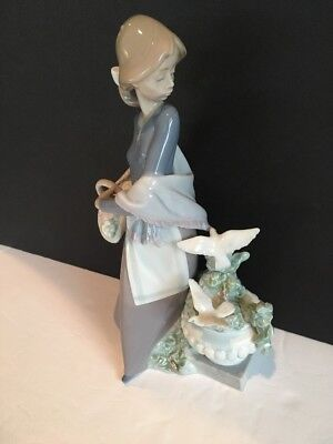 "LLADRO #5416 IN THE GARDEN. MINT CONDITION, Absolutely Flawless. 10"" With Box"