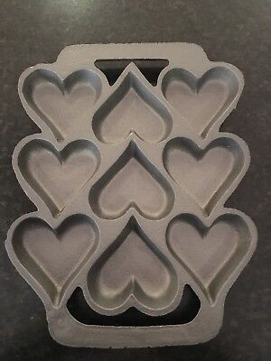 John Wright Cast Iron Heart Shaped Muffin Cake Pan Cookie Mold Vintage VGC