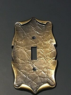Vntg. Amerock Brass Single Light Switch Plate Carriage House Antique English 5b