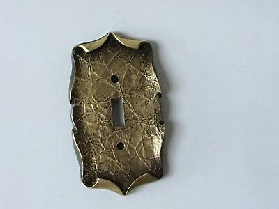 Vntg. Amerock Brass Single Light Switch Plate Carriage House Antique English 5d