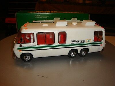 VINTAGE 1978 HESS TRUCK TRAINING VAN with BOX