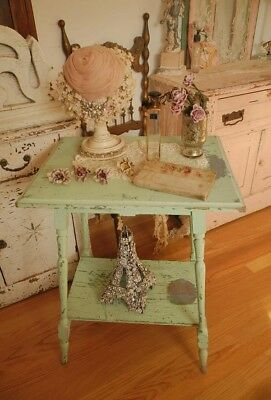 Adorable Vintage Wood Side Table with Shelf~Original cHiPpY Green paint