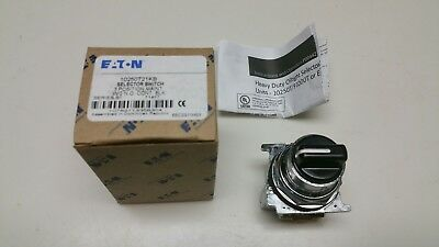 Eaton Cutler-Hammer 10250T21Kb Selector Switch 3 Position Maint. W/2N.o.cont.blk