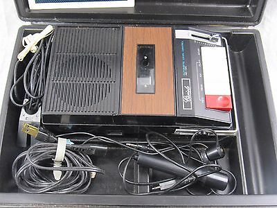Cariole Solid State Portable Cassette Player - Recorder Model 19858 VINTAGE