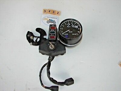 Kawasaki Z400 tachometer with centre console, brackets, loom & ignition with key