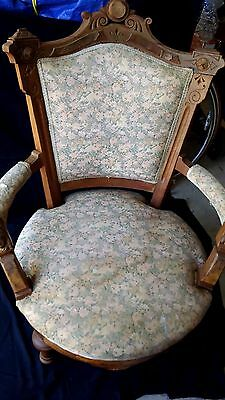 VINTAGE VICTORIAN WALNUT ARM CHAIR w/WOMAN'S HEAD CARVING ON ARMS 1880s BURL