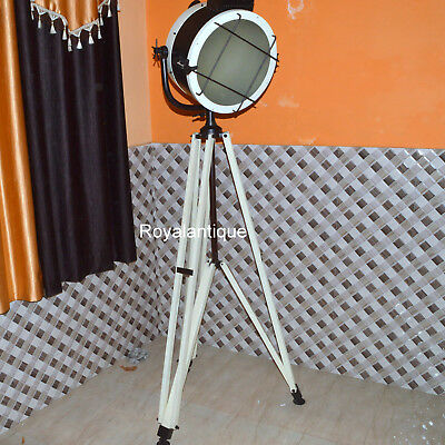 New Design Searchlight With Cream Vintage Tripod Stand Electric Floor Spotlight