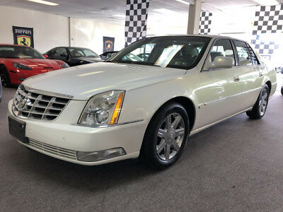 2006 Cadillac DeVille Base Sedan 4-Door low mile dts free shipping warranty 2 owner clean carfax luxury finance cheap