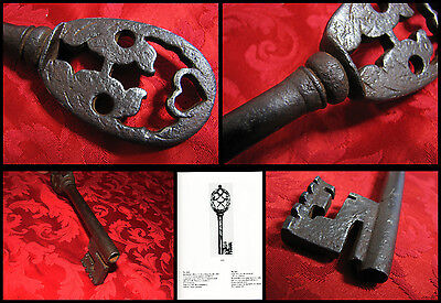 CHIAVE ANTICA Incisioni Cuore-Ancient KEY Engraving-Antike SCHLÜSSEL-Francia 600